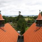 Även från taket är det vackert med Lake Rotorua i fonden