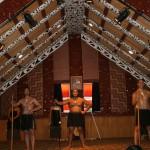 Maorisk dans i Wharenui