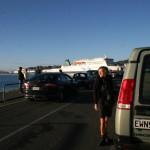 Vacker morgon i väntan på färjan i Wellington