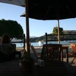 och njöt av utsikten över Akaroua Harbour